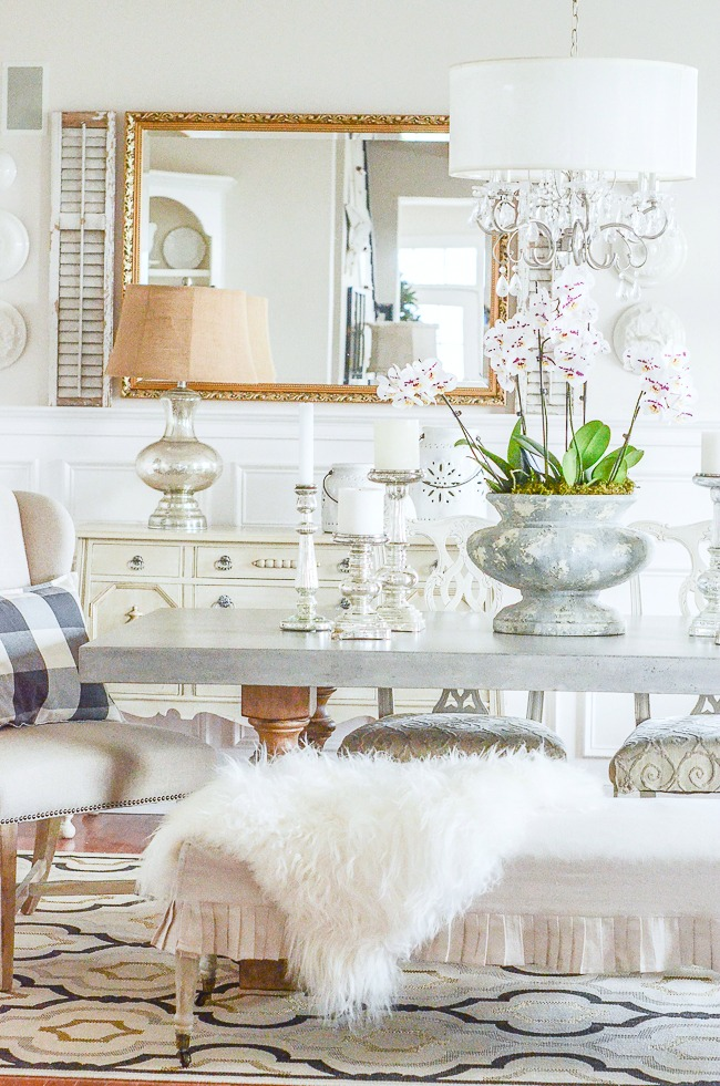 TEN DECORATING TIPS THAT WILL MAKE A ROOM LOOK AMAZING
