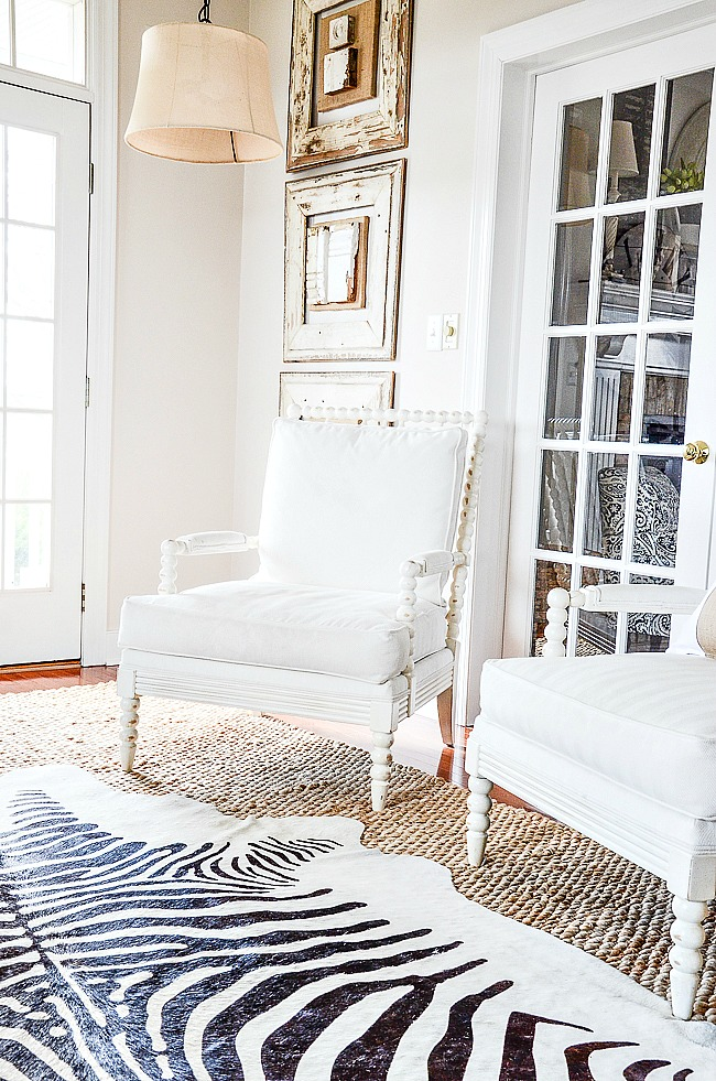 HOW TO STYLE A CHAIR- Adding interest to a chair is important to make a chair play nicely with the rest of the room. Here's how...