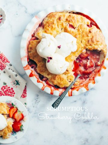 SCRUMPTIOUS STRAWBERRY COBBLER