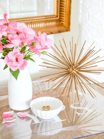 BEAUTIFUL MONOGRAMMED LUCITE TRAY DIY