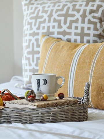 CREATING A BEAUTIFUL FALL BED AND A GIVEAWAY