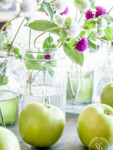 GREEN APPLES AND MASON JAR FALL CENTERPIECE