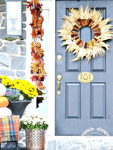 A WELCOMING FALL FRONT PORCH