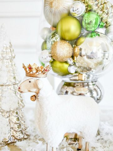 10 THINGS TO MAKE CHRISTMAS DECOR MORE MAGICAL