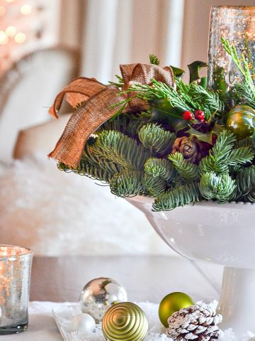 THE EASIEST CHRISTMAS CENTERPIECES DIY AND A BEAUTIFUL WREATH GIVEAWAY