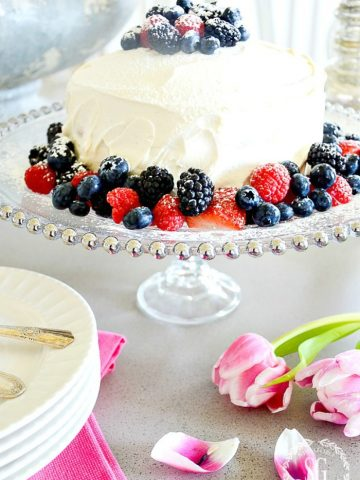 10 MINUTE BEAUTIFUL CAKE STAND