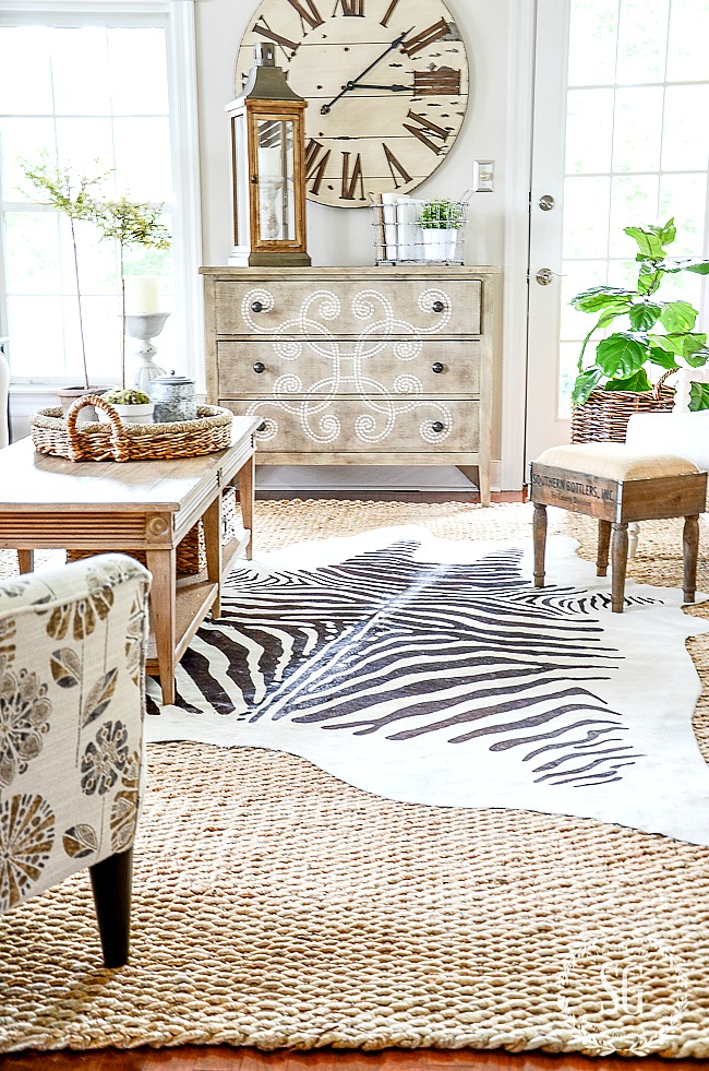DECORATING MISTAKE TOO SMALL RUG IN A ROOM