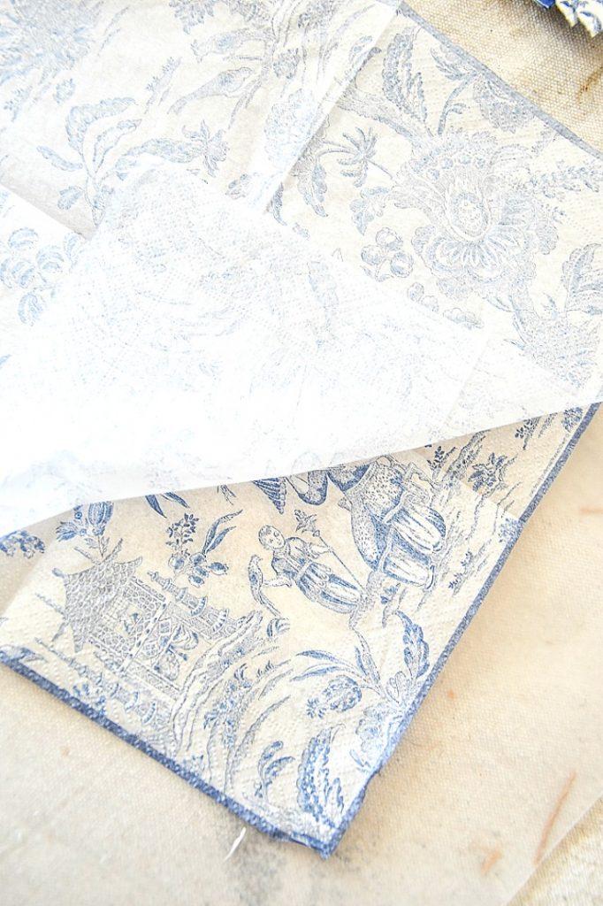 separating tissue napkins