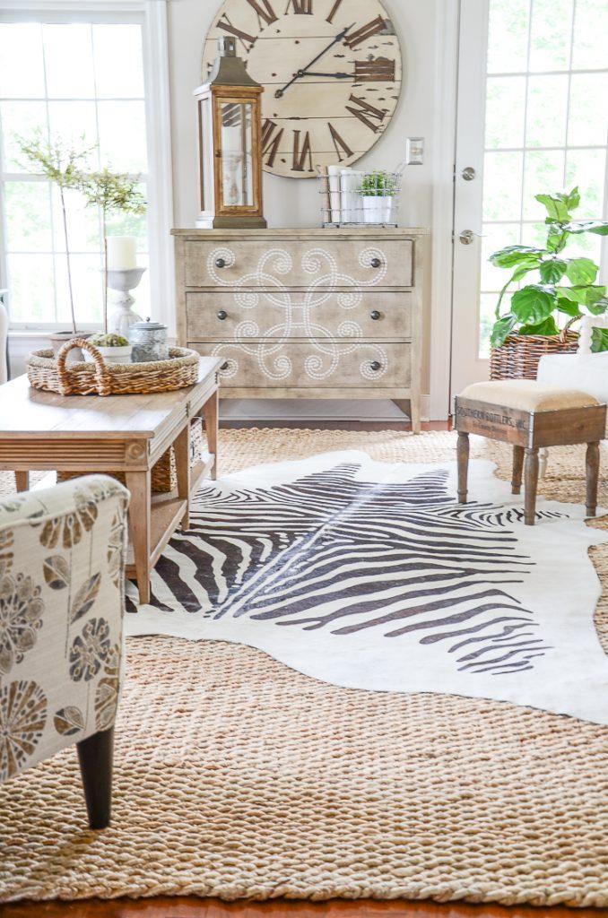 sisal rug in the living room