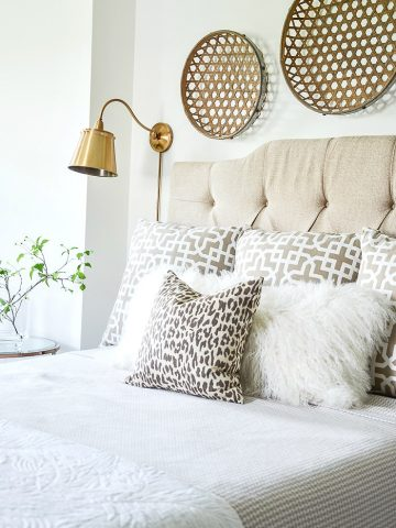 BED PILLOW ARRANGEMENTS YOU WILL LOVE