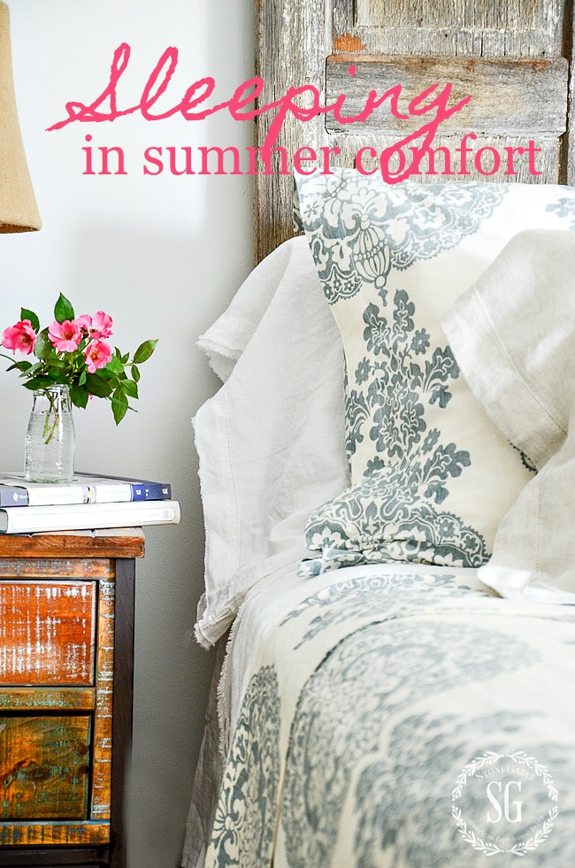blue and white summer bedding