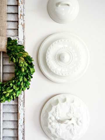 THE BEST WAY TO HANG PLATES ON A WALL WITHOUT WIRES