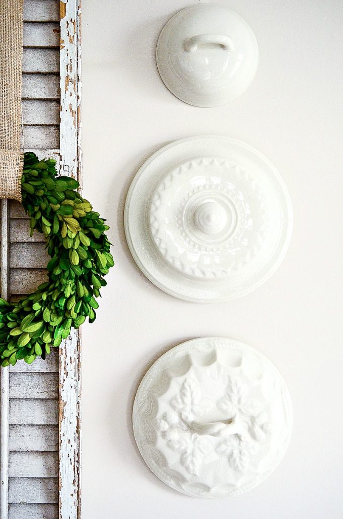 THE BEST WAY TO HANG PLATES ON A WALL WITHOUT WIRES - StoneGable