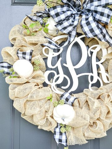 BEAUTIFUL FALL BURLAP WREATH DIY