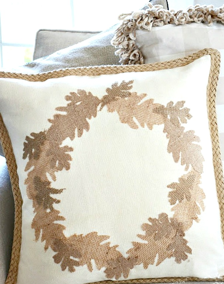fall no sew burlap leaf wreath pillow