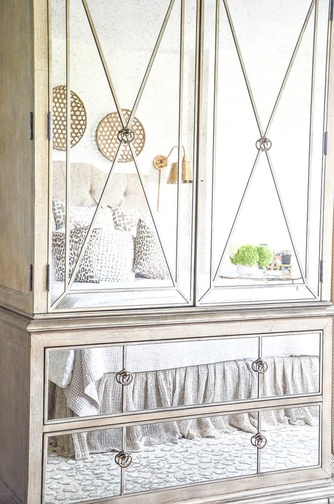 mirrored bedroom armoire