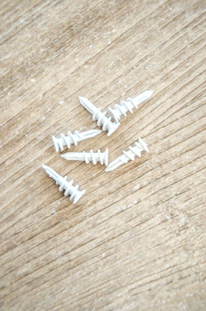 heavy duty wall screws