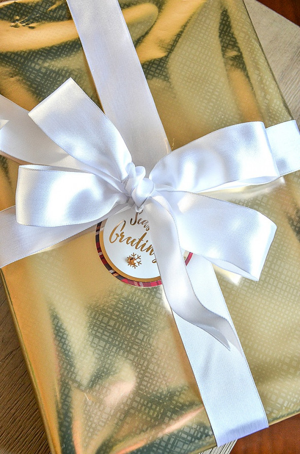 Christmas decorating ideas to make a perfect Christmas bow