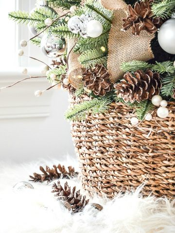 HOW TO DECORATE A TABLETOP CHRISTMAS TREE