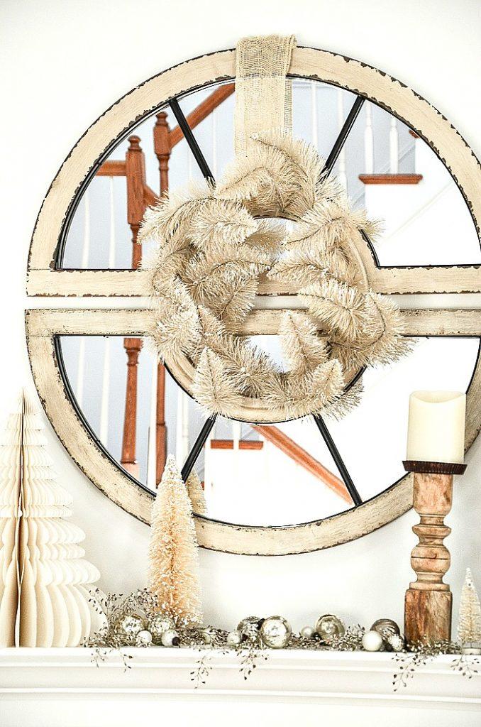 blond wreath on a round mirror