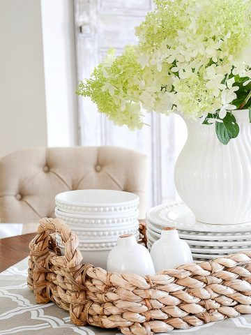 7 WAYS TO MAKE A SMALL SPACE LIVE LARGER