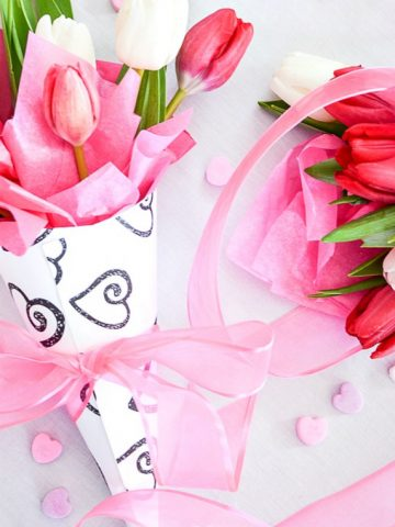 VALENTINE FLOWER CONE DIY