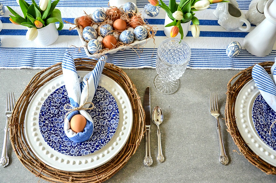 PRETTY BLUE AND WHITE EASTER TABLE FOR 4