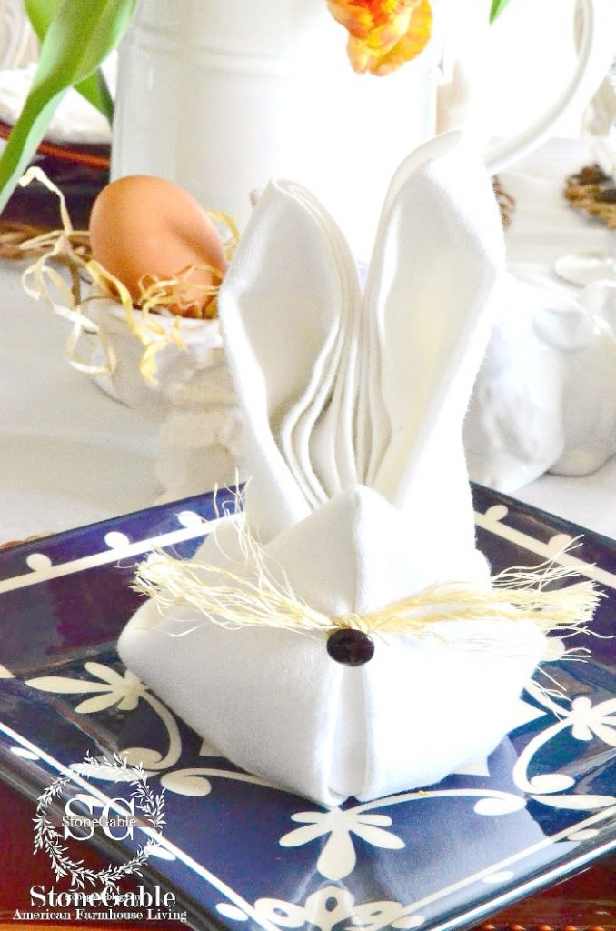 BUNNY NAPKIN FOLD ON AN EASTER TABLE