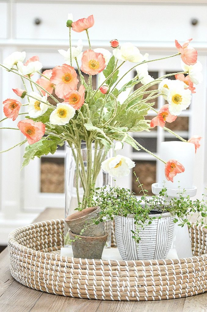 VIGNETTE WITH ORANGE AND WHITE POPPIES