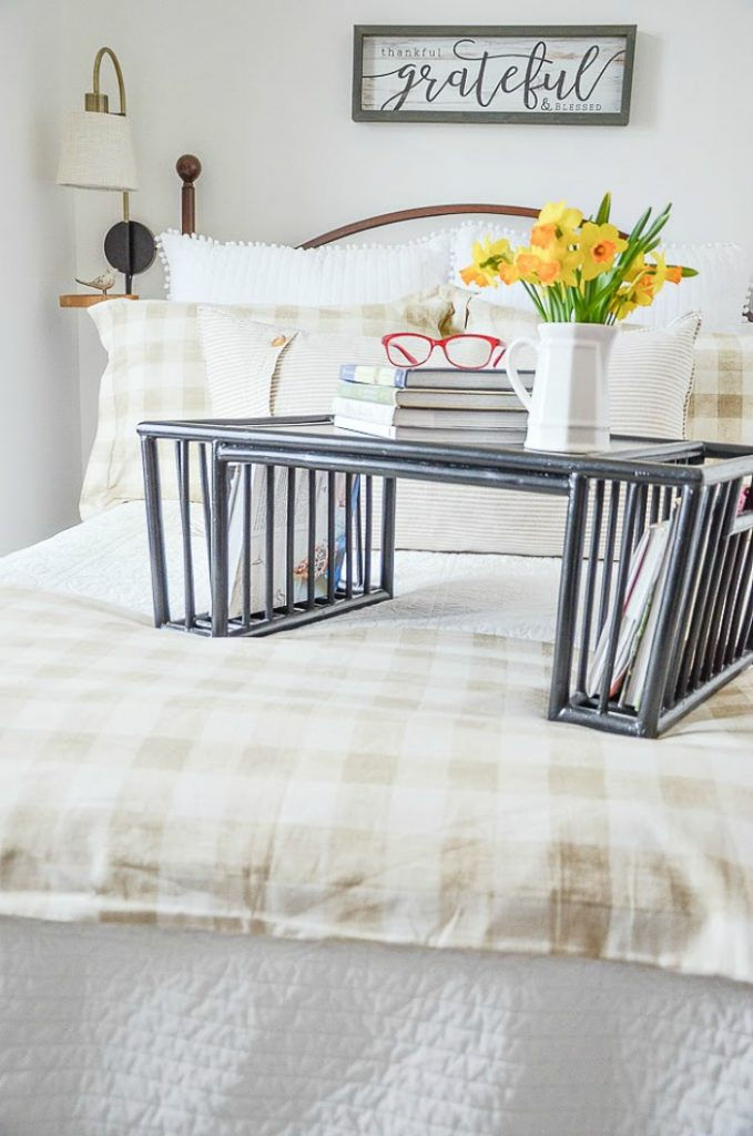 BED WITH BED TRAY