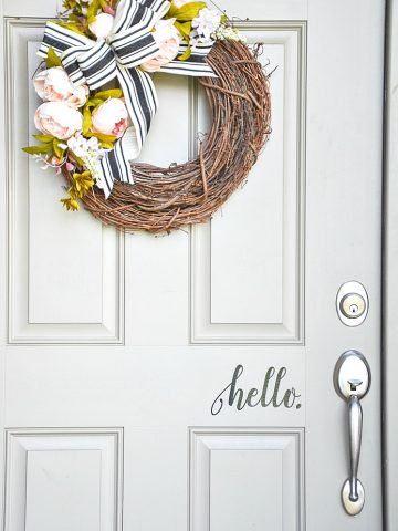 HOW TO APPLY A FRONT DOOR DECAL