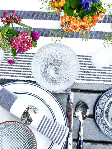 TIPS FOR EASY SUMMER ENTERTAINING