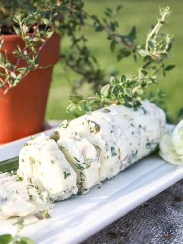 BEAUTIFUL AND DELICIOUS HERB BUTTER RECIPES