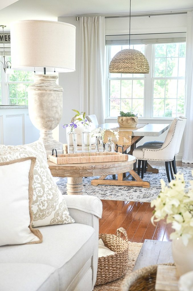 TIPS FOR CREATING ROOMS THAT FLOW TOGETHER - StoneGable