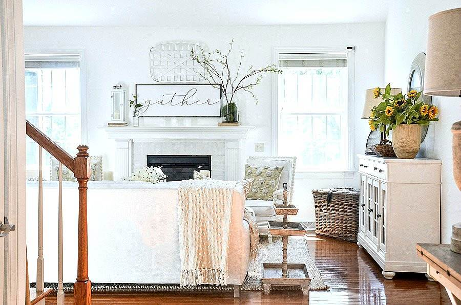 A GREAT ROOM DECORATED FOR SUMMER