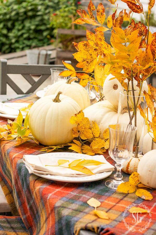 FALL OUTDOOR TABLESCAPE WITH WHITE PUMPKINS AND REAL SATURATED GOLD LEAVES