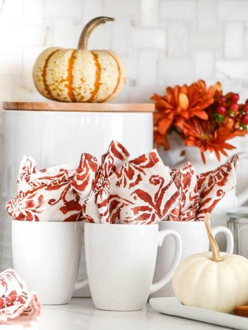 EASY PRETTY FALL COFFEE BAR