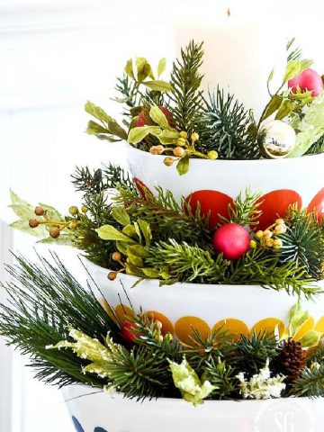 STACKING BOWL CHRISTMAS ARRANGEMENT