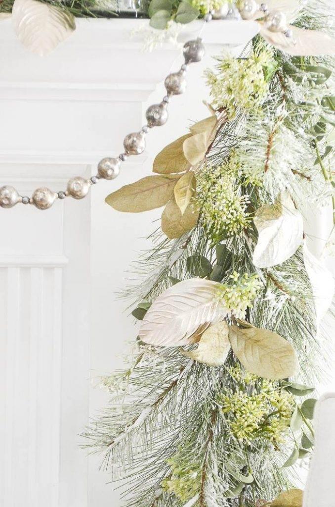 CHRISTMAS MANTEL AND VINTAGE GLASS GARLAND