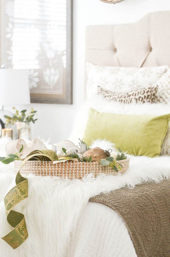 Tips For Decorating A Christmas Bedroom Stonegable
