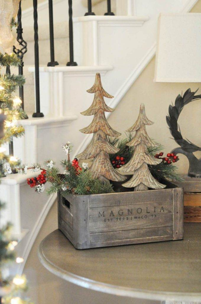 CRATE OF CHRISTMAS DECOR