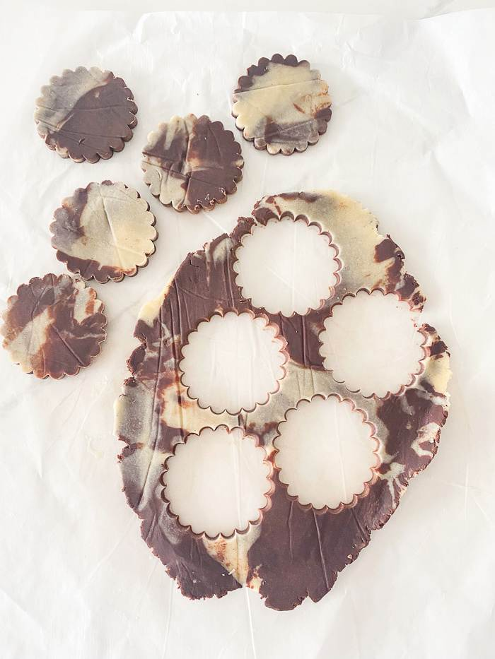 ROUND COOKIES CUT OUT OF DOUGH