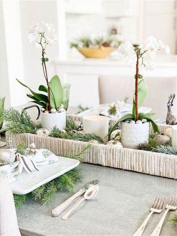 ORCHID AND PINECONE EASY CHRISTMAS TABLE