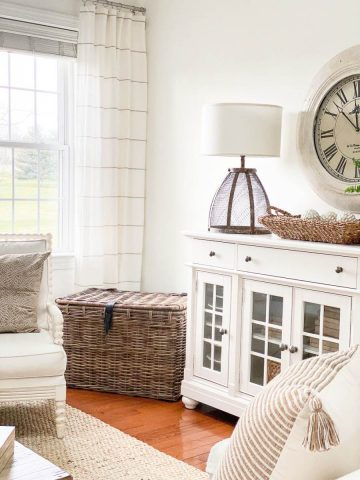 TIPS FOR UPDATING A LIVING ROOM