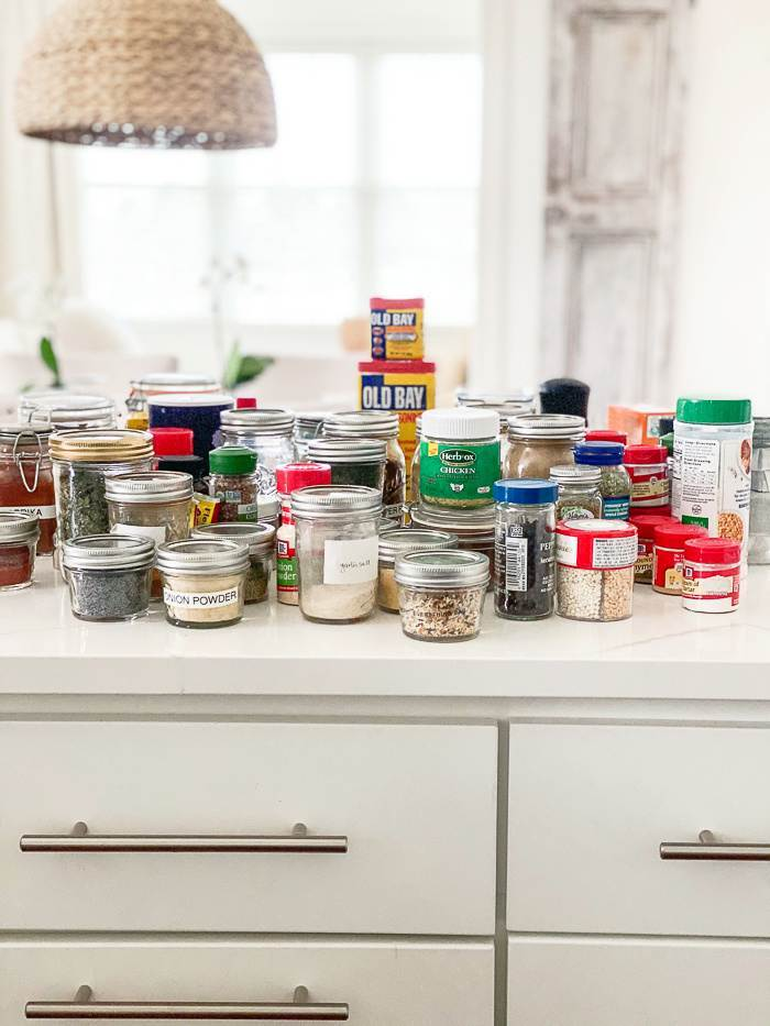 ALL SPICES ON THE COUNTER