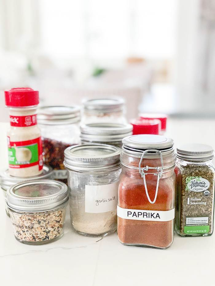 SAVORY SPICES GROUPED TOGETHER