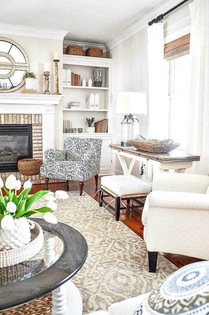 NEUTRAL COLOR FAMILY ROOM