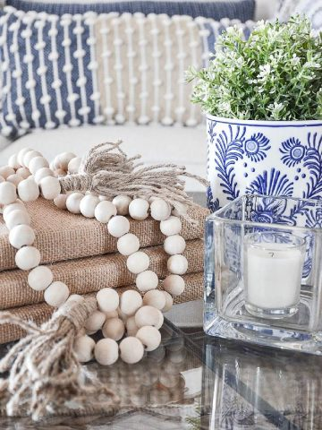HOW TO USE BLUE AND WHITE IN YOUR HOME