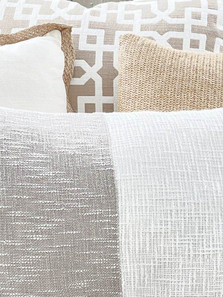 4 PILLOWS CREATING A GREAT NEUTRAL COLOR PALETTE