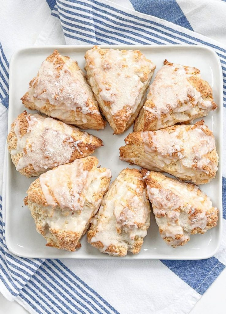 SOUR CREAM SCONES ON A PLATE